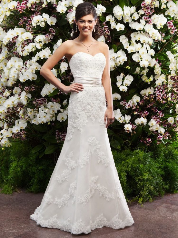 Bridal Designer Collections » The Blushing Bride boutique